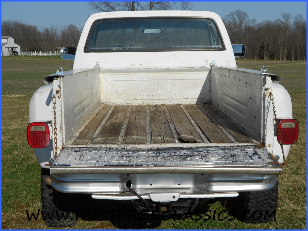 4 4 02 Long Box 3 Ton Door Chevy